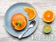 Протеинови портокалови палачинки с кисело мляко, брашно от лимец и ванилия